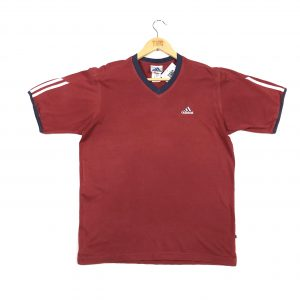 adidas_red_sports_embroidered_tshirt_a0020