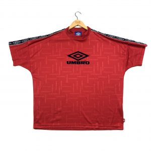 vintage_umbro_red_tape_logo_sleeves_t_shirt_a0204