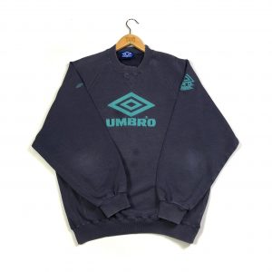 vintage_umbro_embroidered_spell_out_back_sweatshirt_purple_s0734