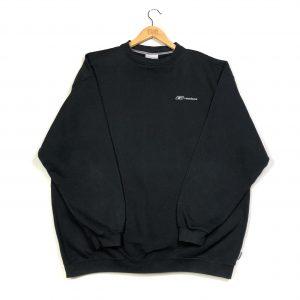 reebok essential logo vintage sweatshirt.